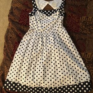 black and white polka dot mod cloth dress